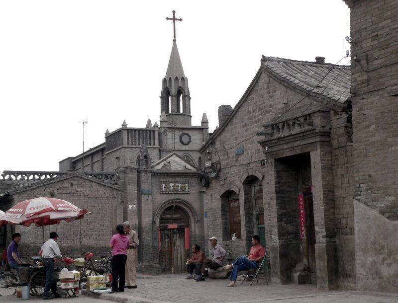 Kirchen sind auf dem chinesischen Land keine Seltenheit. Hier ein Gotteshaus in Pingyao, Shanxi. Foto: Oliver Zwahlen