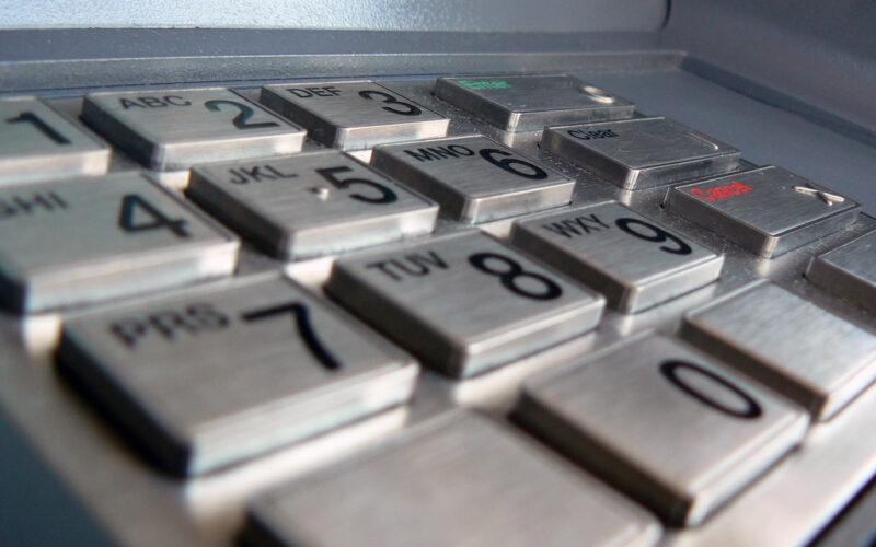 Das Beste: Kreditkarte für China für kostenlosen Bezug von Bargeld.