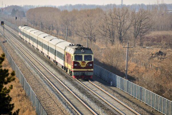 Chinesischer Zug in der nordostchinesischen Provinz Heilongjiang. Foto:  Siyang Xue / Flickr