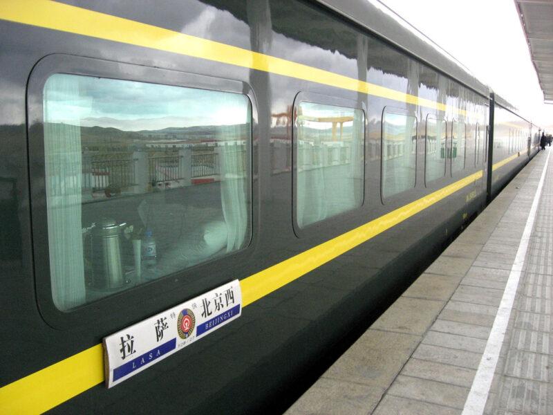 Chinesischer Züge: Nicht immer sind die Bahnsteige so leer. Foto: Kyle Taylor / Flickr
