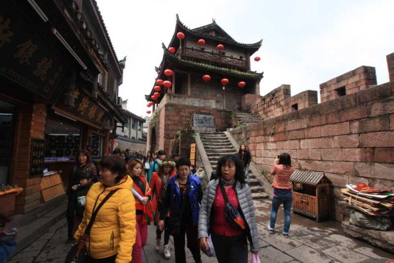 Stadtmauer von Fenghuang: Der alte Festigungswall kann man noch heute besuchen.