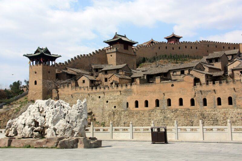 Die Stadtmauer von Xiangyu: Besonders ausdrücklich sieht Xiangyu von aussen aus.