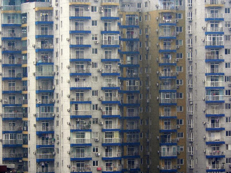 Kein schöner Anblick: Eine Mietskaserne in Wuhan gesehen vom Yellow Crane Tower. Foto: OZ