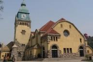Die Kirche von Qingdao könnte problemlos in jeder deutschen Kleinstadt stehen. Fotos: O. Zwahlen
