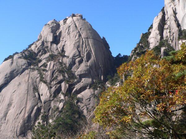 Die Gelben Berge in Anhui bringen eine schöne Abkühlung.
