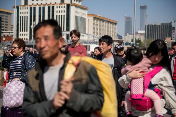 """Stephan Orth: """"Couchsurfing passt nicht so gut ins Leben junger Chinesen"""""""